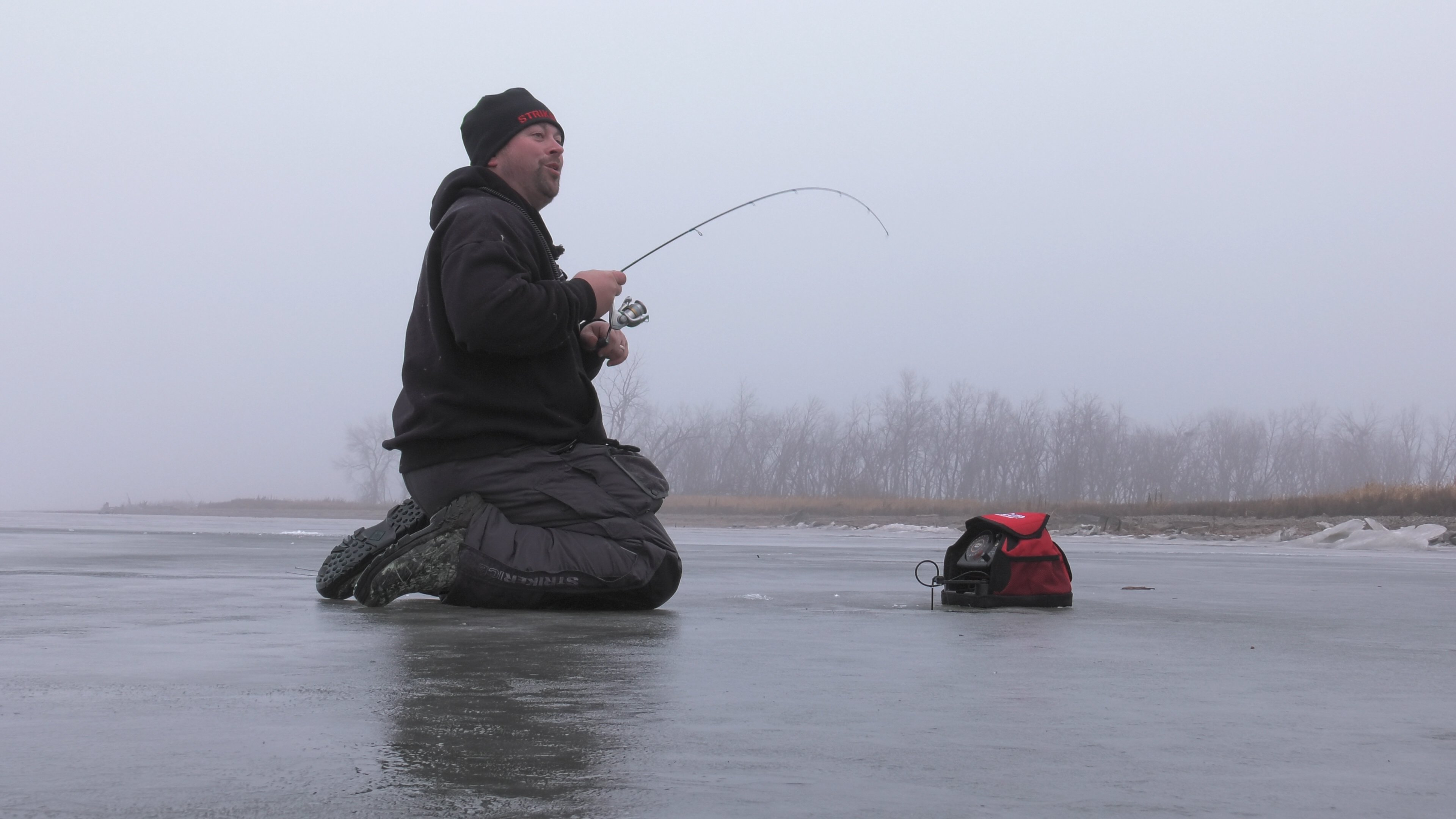 ice fishing north dakota walleye s10e5 in depth