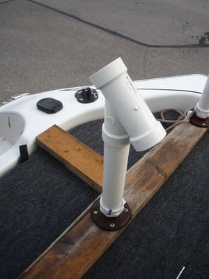 FISHING ROD HOLDERS FOR ALUMINUM FISHING BOATS