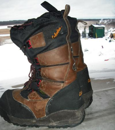 Ice fishing boots ice fishing forum in depth outdoors for Ice fishing boots
